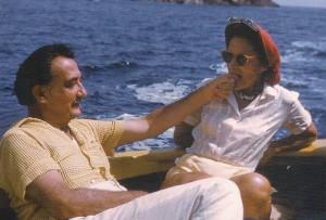 SALA B –DEL 27 DE MARZO AL 20 DE ABRIL DE 2008 La relación de los fotógrafos con Dalí es variada, dependiendo del grado de proximidad, intimidad e incluso de […]