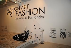 SALA A –DEL 28 DE ABRIL AL 18 DE SEPTIEMBRE DE 2011 Fashion Art nació, de forma casual, después de un desfile en el Círculo de Bellas Artes en Madrid, […]