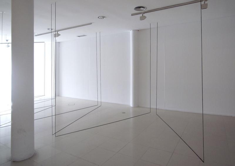 """""""La Casa del Laberinto"""" de NONI LAZAGA en la prensa"""