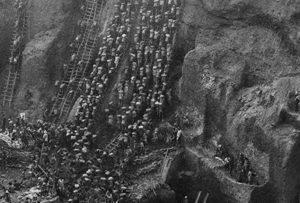 """SEBASTIAO SALGADO """"GOLD. Tierra quemada"""", en prensaen los medios y blogs En La Vanguardia 8/11/2019 https://www.lavanguardia.com/vida/20191108/471454017552/sebastiao-salgado-abre-en-fuenlabrada-su-gira-europea-con-su-nueva-muestra.html En Noticias para Municipios FUENLABRADA/ 'Gold', la última muestra fotográfica de Sebastiao Salgado, llega […]"""
